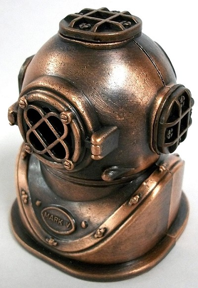 Deep Sea Divers Helmet Die Cast Metal Collectible Pencil Sharpener Design 1