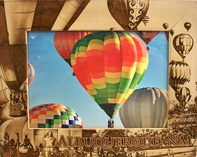 Albuquerque New Mexico with Balloons Laser Engraved Wood Picture Frame (5 x 7)